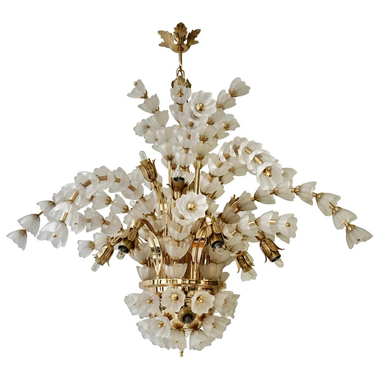 Huge Italian Chandelier in Brass with 160 Murano Glass Flowers For Sale