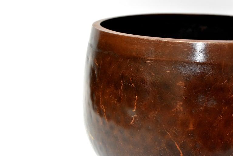 Huge Japanese Antique Bronze Singing Bowl, Copper, Hand-Hammered For Sale 2