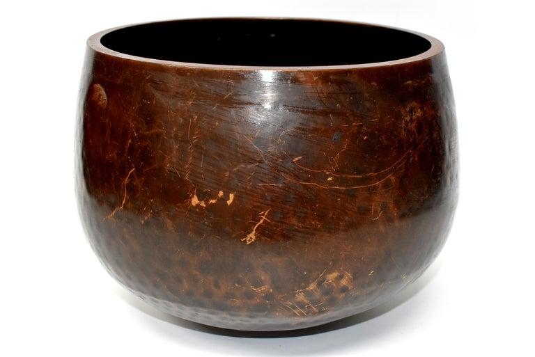 Huge Japanese Antique Bronze Singing Bowl, Copper, Hand-Hammered For Sale 5