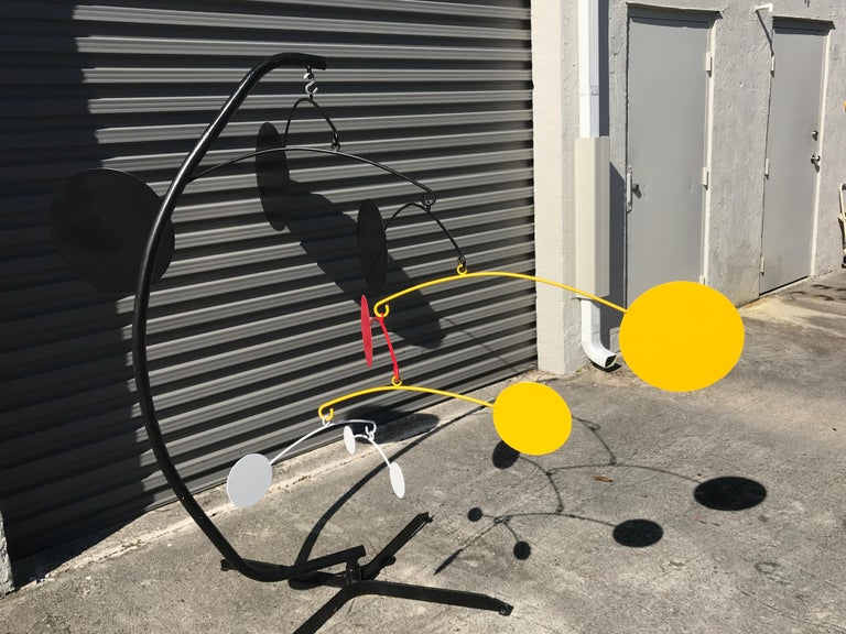 Huge Midcentury Kinetic Multicolored Enameled Metal Mobile In Good Condition For Sale In Oaks, PA