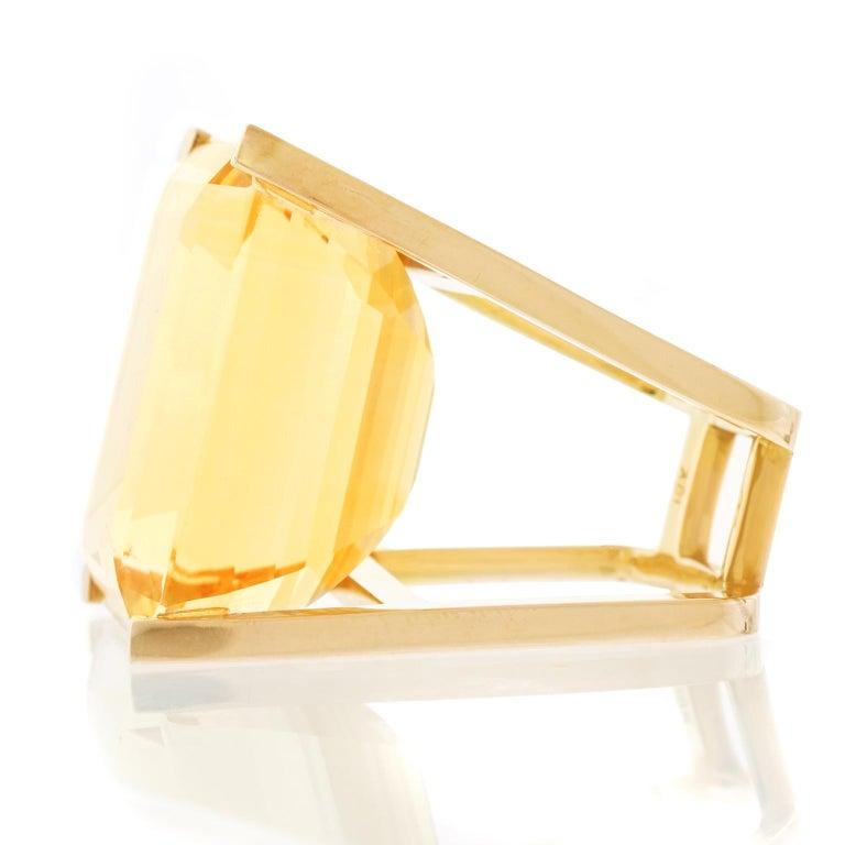 Huge Modernist Citrine Ring 18 Karat In Excellent Condition For Sale In Litchfield, CT