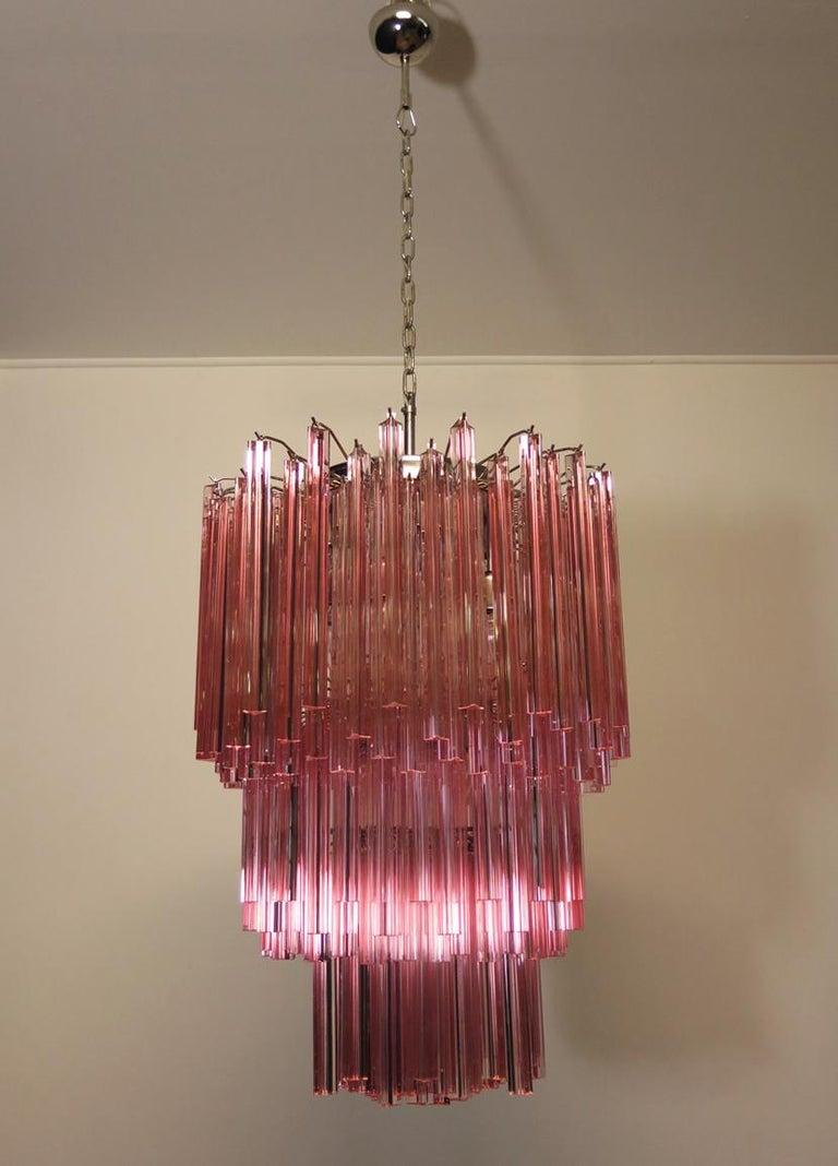 Huge Murano Chandelier Pink Triedri, 184 Prism, Mariangela Model In Good Condition For Sale In Gaiarine Frazione Francenigo (TV), IT