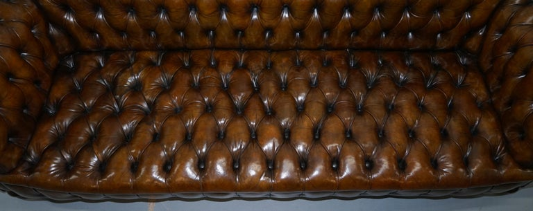 Huge Rare Victorian Horse Hair Fully Restored Brown Leather Chesterfield Sofa For Sale 5