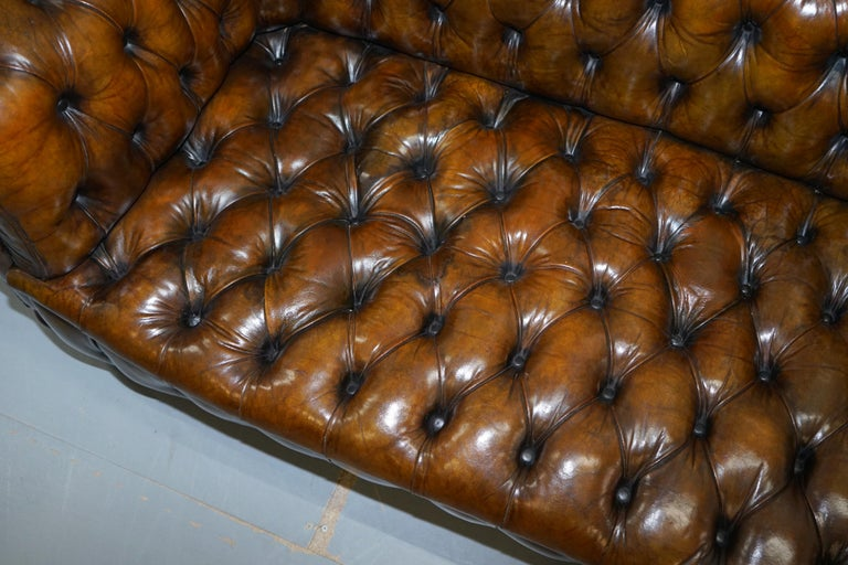 Huge Rare Victorian Horse Hair Fully Restored Brown Leather Chesterfield Sofa For Sale 6