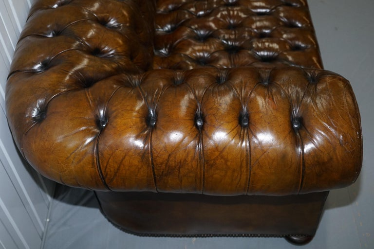 Huge Rare Victorian Horse Hair Fully Restored Brown Leather Chesterfield Sofa For Sale 8