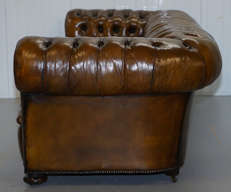 Huge Rare Victorian Horse Hair Fully Restored Brown Leather Chesterfield Sofa For Sale 14