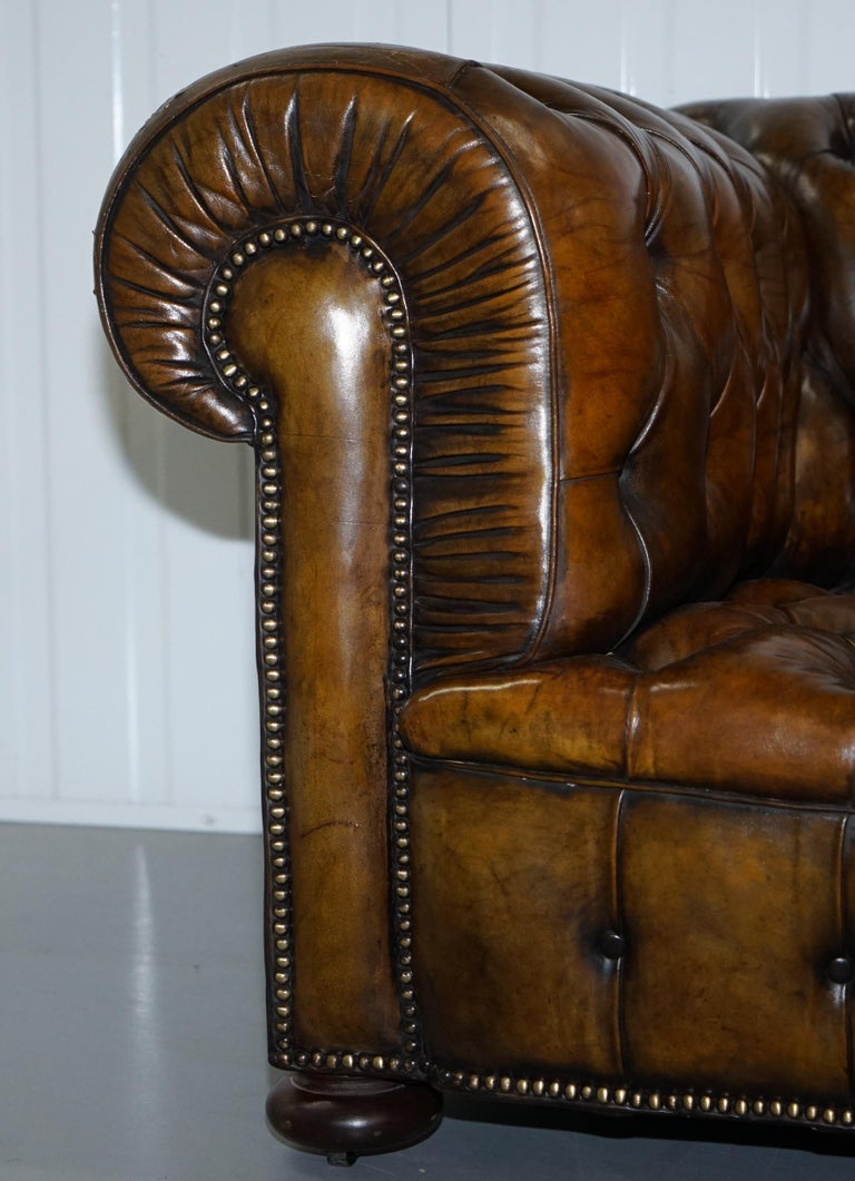 Huge Rare Victorian Horse Hair Fully Restored Brown Leather Chesterfield Sofa For Sale 2