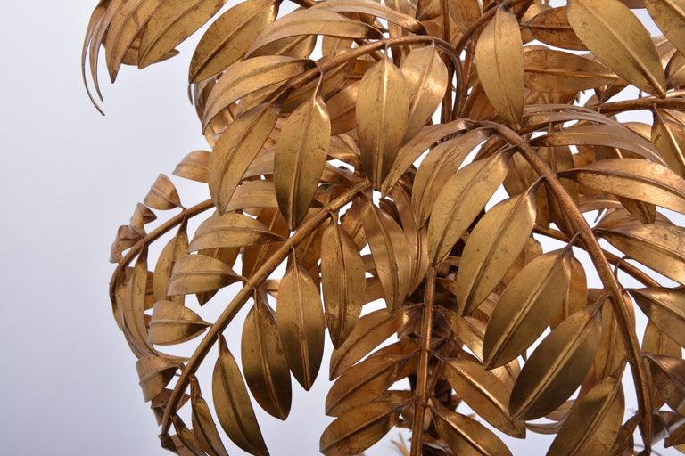 Huge golden Hollywood Regency palm tree floor lamp by Hans Kögl For Sale 2
