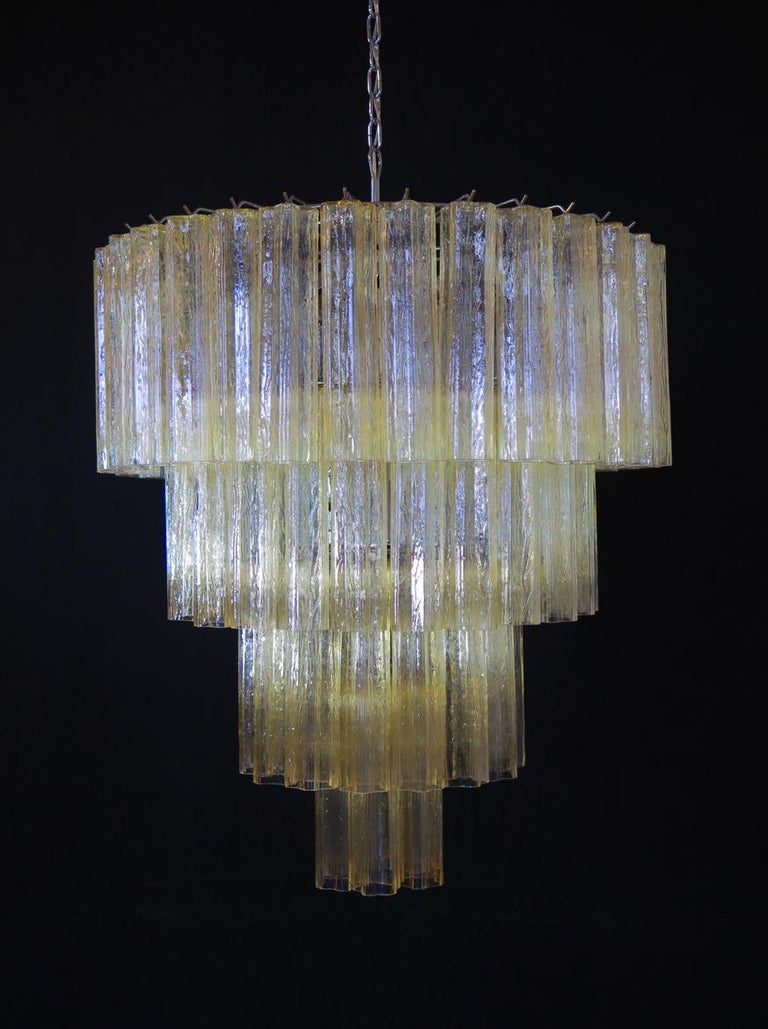 Huge Vintage Murano Glass Tiered Chandelier, 78 Glasses, Light Amber In Good Condition For Sale In Gaiarine Frazione Francenigo (TV), IT