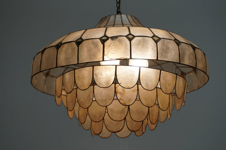 Hugh Nacre or Mother-of-Pearl and Brass Pendant Lamp, Italy, 1960 For Sale 12