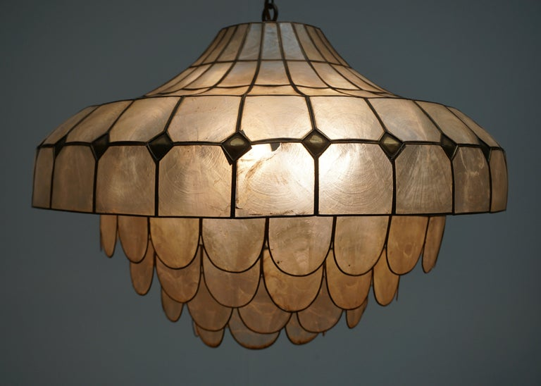 Hugh Nacre or Mother-of-Pearl and Brass Pendant Lamp, Italy, 1960 For Sale 13