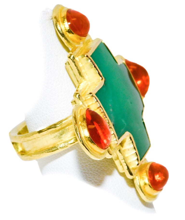 Hughes-Bosca 18 Karat Chrysophrase and Mexican Jelly Opals Cross Ring In Excellent Condition For Sale In Palm Beach, FL