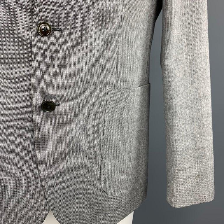 Gray HUGO BOSS 38 Regular Grey Herringbone Wool / Linen Notch Lapel Sport Coat For Sale