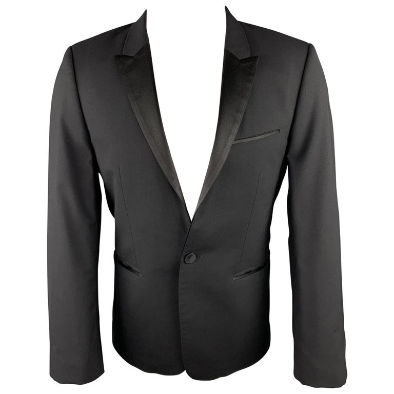 HUGO BOSS Size 38 Short Black Wool Peak Lapel Tuxedo Suit For Sale