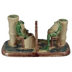 Humorvolle Majolika Vase mit Frosch