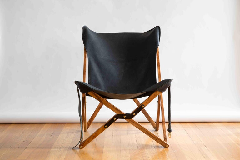 Humphrey Chair, Pecan Wood and Leather Folding Chair 'Black' In New Condition For Sale In Austin, TX