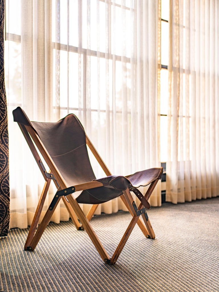 American Humphrey Chair, Pecan Wood and Leather Folding Chair 'Tan' For Sale