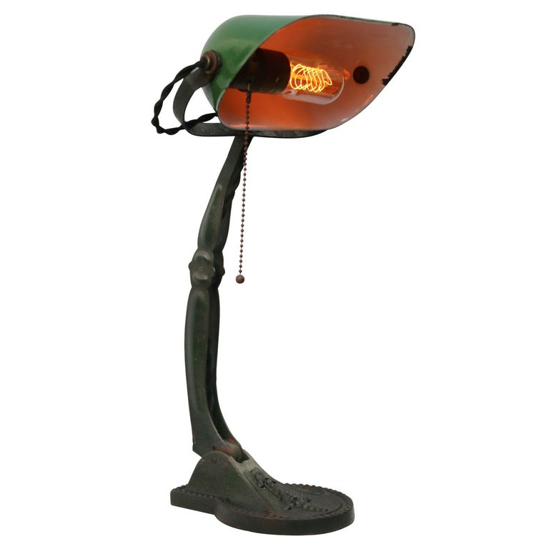 Hungarian green enamel desk light 2.5 meter black cotton flex, plug and pul switch  Also available with US/UK plug  Weight: 2.30 kg / 5.1 lb  Priced per individual item. All lamps have been made suitable by international standards for