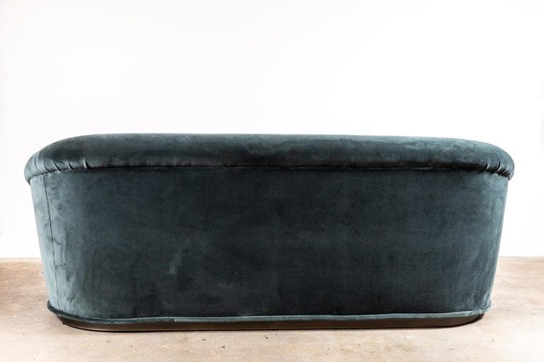 Huxley Sofa by Lawson-Fenning For Sale 3