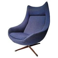 H.W. Klein for Bramin Swivel Lounge Chair
