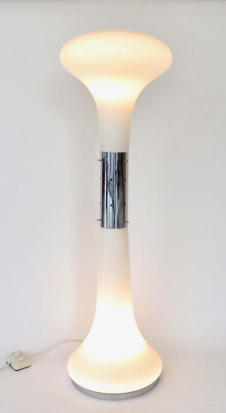 Carlo Nason for Mazzega Murano I Numerati Soffiato opaque white glass and chrome sculptural floor lamp. Featuring two hand blown white opaque glass mushroom shaped illuminated diffusers with the center waist and base strip in chrome plate. Dual