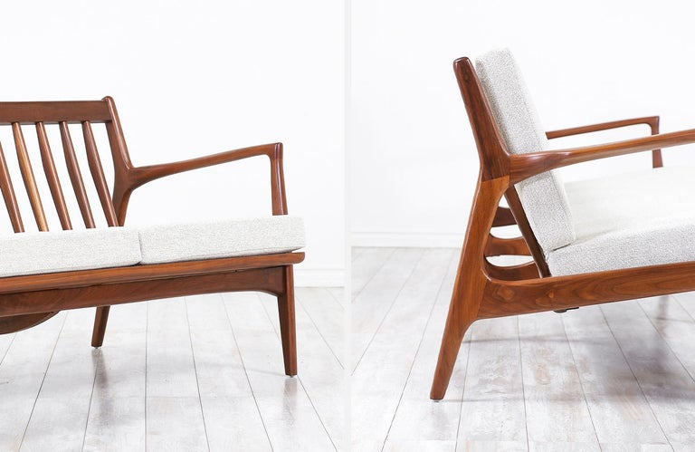 Ib Kofod-Larsen 4-Seat Sofa for Selig For Sale 3