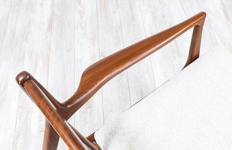 Mid-20th Century Ib Kofod-Larsen 4-Seat Sofa for Selig For Sale