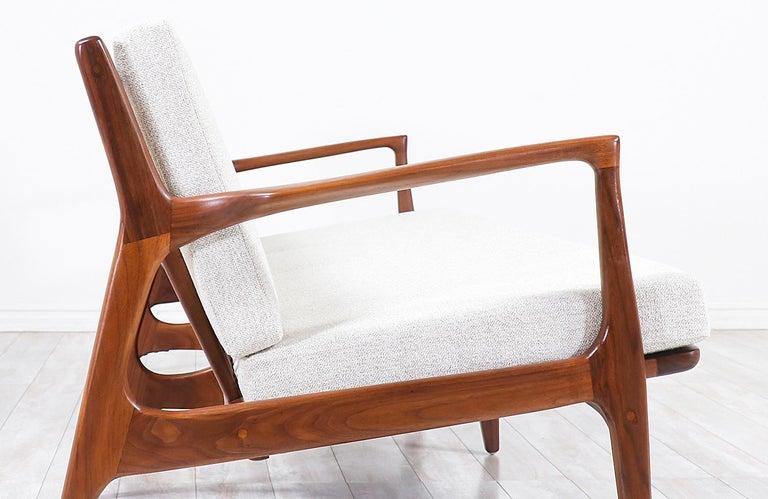 Ib Kofod-Larsen 4-Seat Sofa for Selig For Sale 2