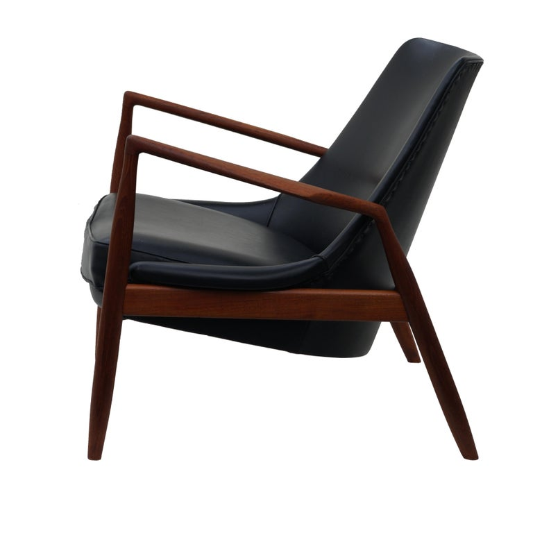 Ib Kofod-Larsen Black Leather Seal Easy Lounge Chair by OPE in Sweden In Good Condition For Sale In Wayne, NJ