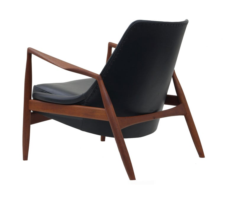 Mid-20th Century Ib Kofod-Larsen Black Leather Seal Easy Lounge Chair by OPE in Sweden For Sale