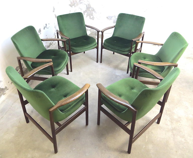 This danish scandinavian modern design classics set includes 6 very rare chairs designed in Denmark by Ib Kofod-Larsen for Fröscher KG Germany.  Ib Kofod - Larsen also designed the iconic