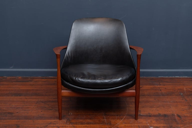 Ib Kofod-Larsen teak and black leather