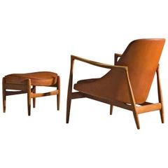 Ib Kofod-Larsen 'Elizabeth' Chair in Original Cognac Leather with Ottoman