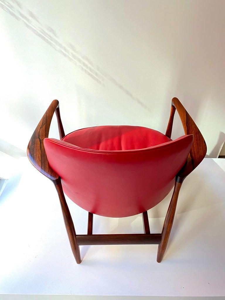"Ib Kofod - Larsen ""Elizabeth"" Chair in Rosewood, 1956 For Sale 1"