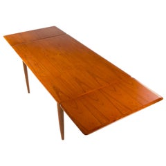 Ib Kofod-Larsen Extending Dining Table No. 403 by Slagelse Møbelvæ Denmark 1950s