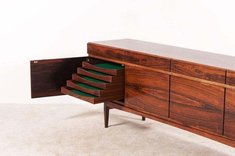 Veneer Ib Kofod-Larsen, FA66 Rosewood Sideboard, 1960s For Sale