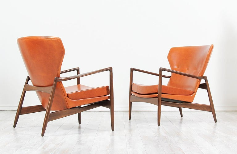 Ib Kofod-Larsen Leather Wing Back Lounge Chairs for Selig In Excellent Condition For Sale In Los Angeles, CA