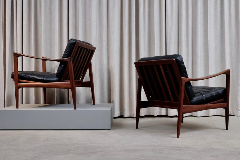 Ib Kofod-Larsen Pair of Easy Chairs Model Kandidaten, 1960s In Good Condition In Stockholm, SE