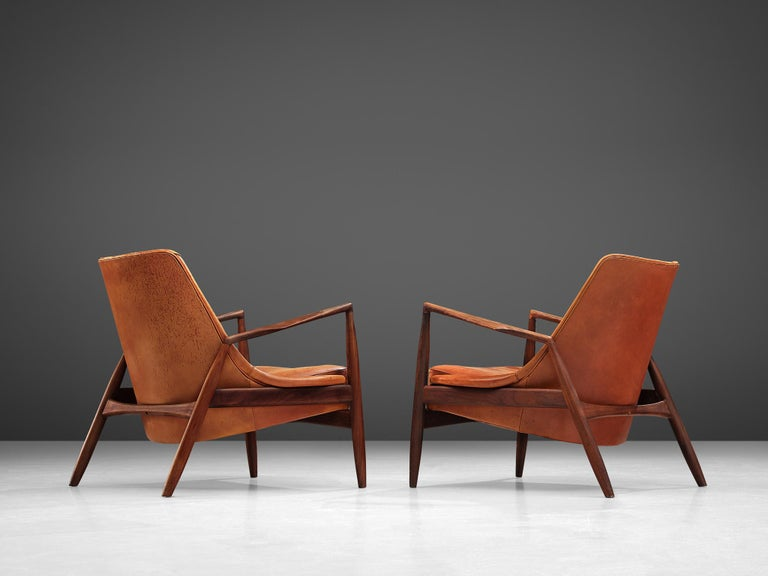 Ib Kofod-Larsen Pair of 'Seal' Chairs in Original Leather For Sale 2