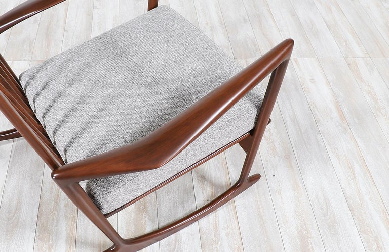 Mid-20th Century Ib Kofod-Larsen Sculpted Rocking Chair for Selig