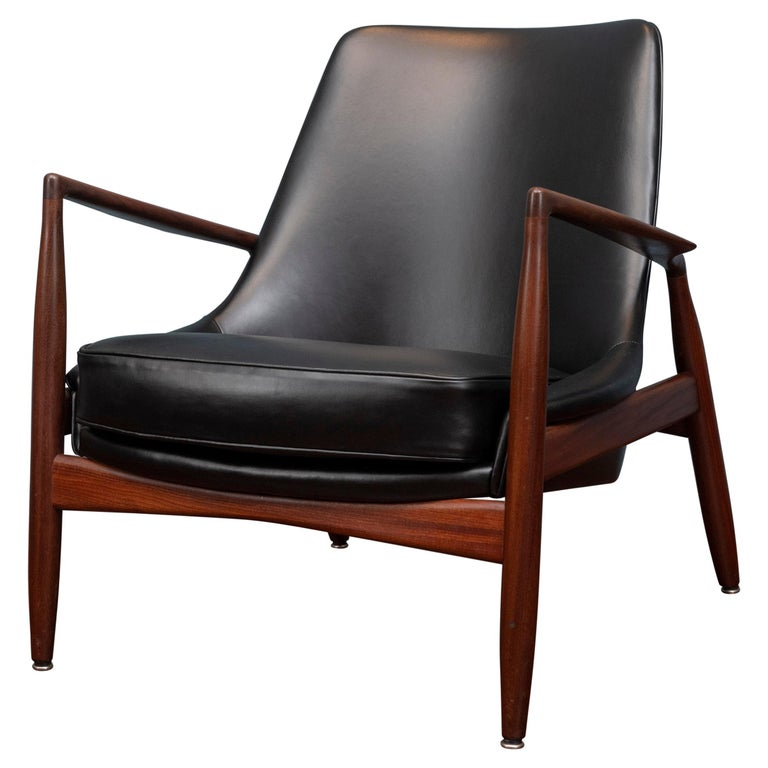 Ib Kofod-Larsen Seal Chair For Sale