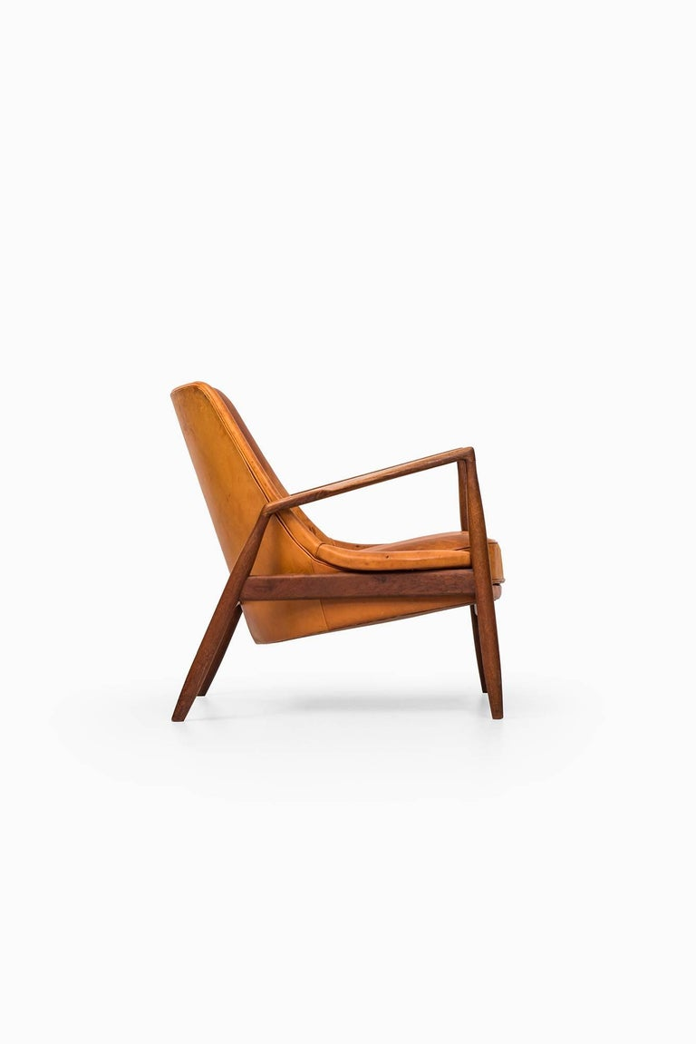 Ib Kofod-Larsen Seal Easy Chair by OPE in Sweden For Sale 1