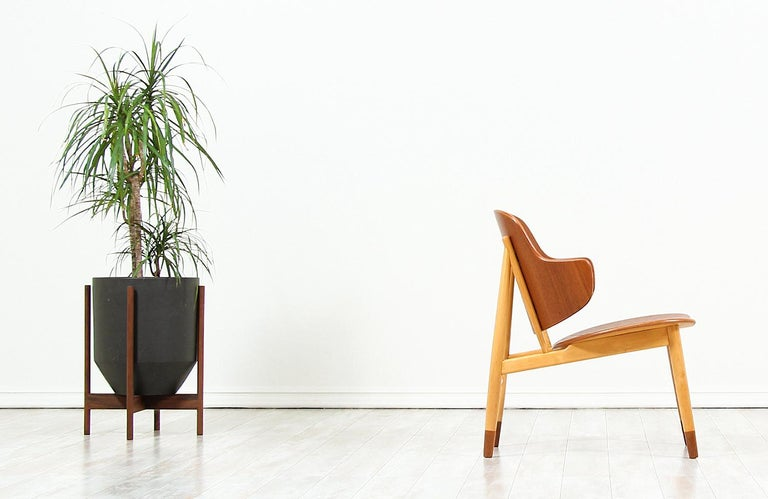 Mid-Century Modern Ib Kofod-Larsen Shell Chair for Christiansen & Larsen For Sale
