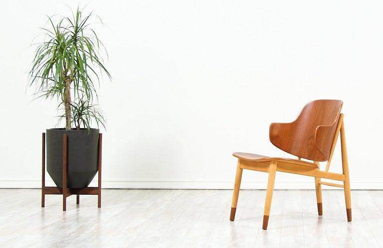 Mid-20th Century Ib Kofod-Larsen Shell Chair for Christiansen & Larsen For Sale