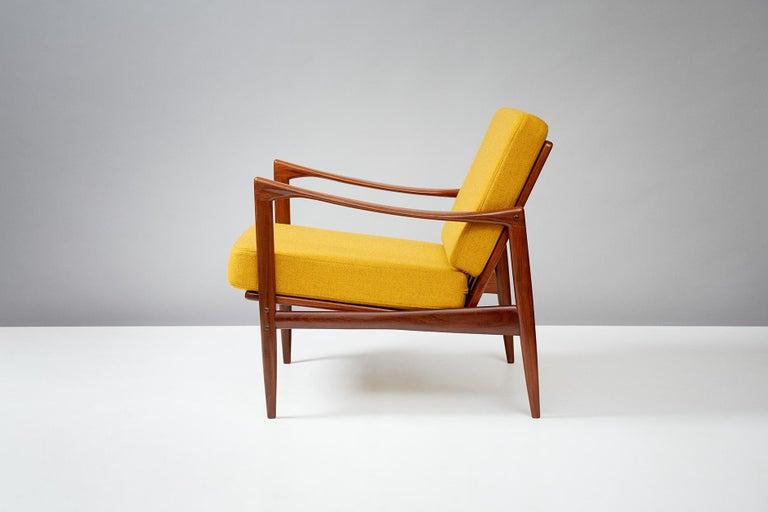 Scandinavian Modern Ib Kofod-Larsen Teak Candidate Chair, circa 1960 For Sale
