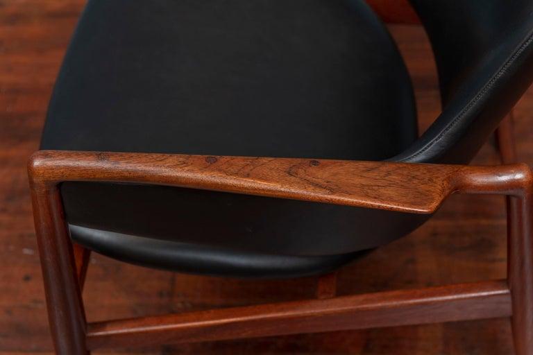 Ib Kofod-Larsen Teak Lounge Chair for Christensen & Larsen In Good Condition For Sale In San Francisco, CA
