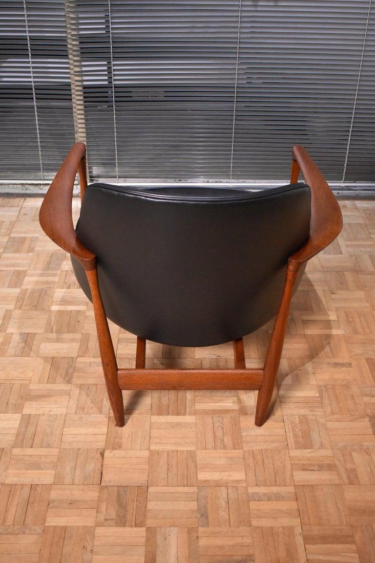 Ib Kofod-Larsen U-56 Elizabeth Chair for Christensen & Larsen For Sale 2