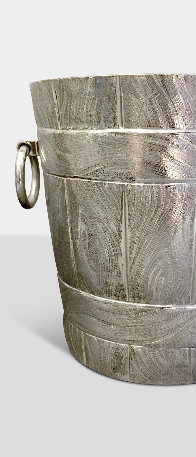 This ice bucket
