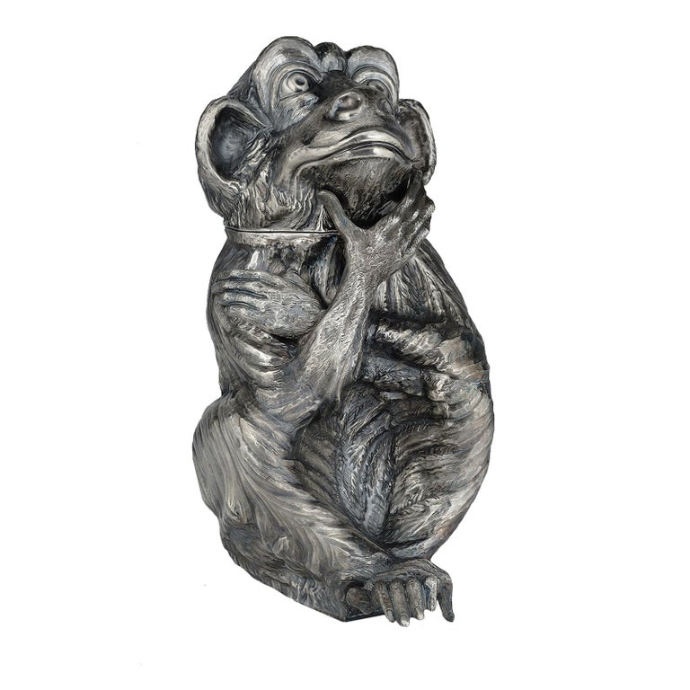 This playful ice bucket, that doubles as a bottle holder, is a magnificent example of exquisite craftsmanship. It is made of silver plated metal that doesn't require any maintenance and it is comprised of the body and detachable head of a monkey