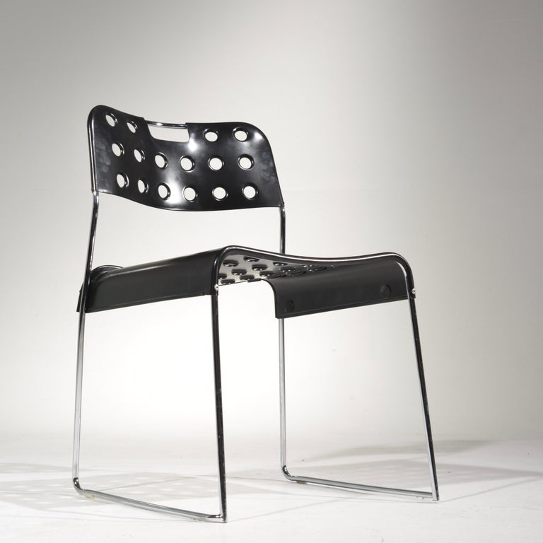 ICF Stacking Chair in Black In Good Condition For Sale In Los Angeles, CA